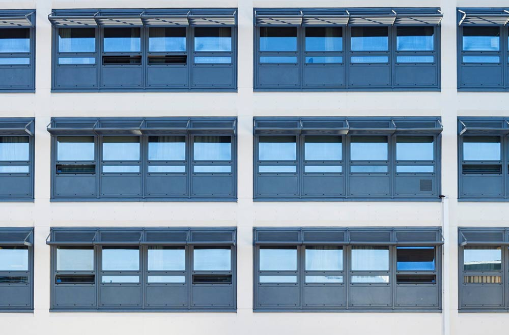 aluminium pivot windows bournemouth